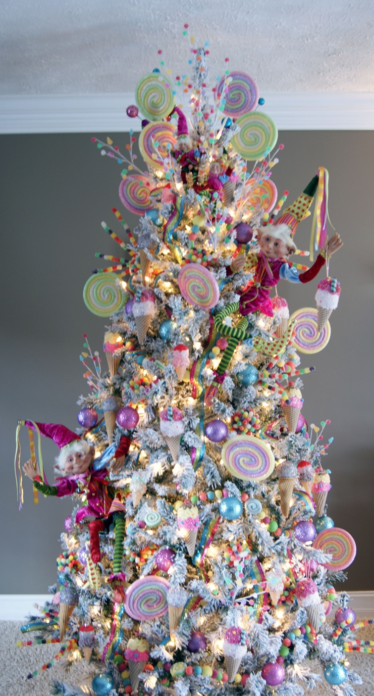 Sweet tree (With images) Candy christmas tree, Pink