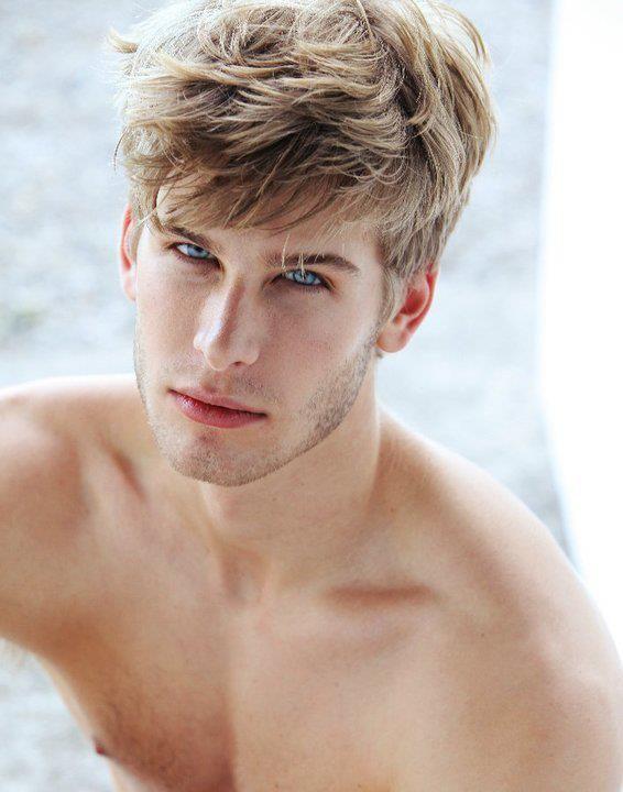 Pin Von Agnes Glx Auf Jawline Pinterest Männer Models Männer