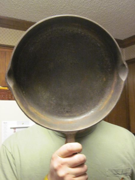 how to clean iron skillet with rust