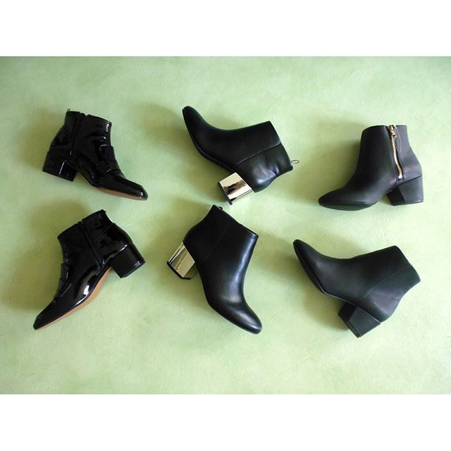 Check out my new blogpost featuring these gorgeous shoes.  Link in bio  #shoes #hm #hmshoes #booties #sale #beauty #fashion #essentials #basics #black #fall #winter #2016 #2017 #blogpost #heels #hmsale #shalihahaliyah
