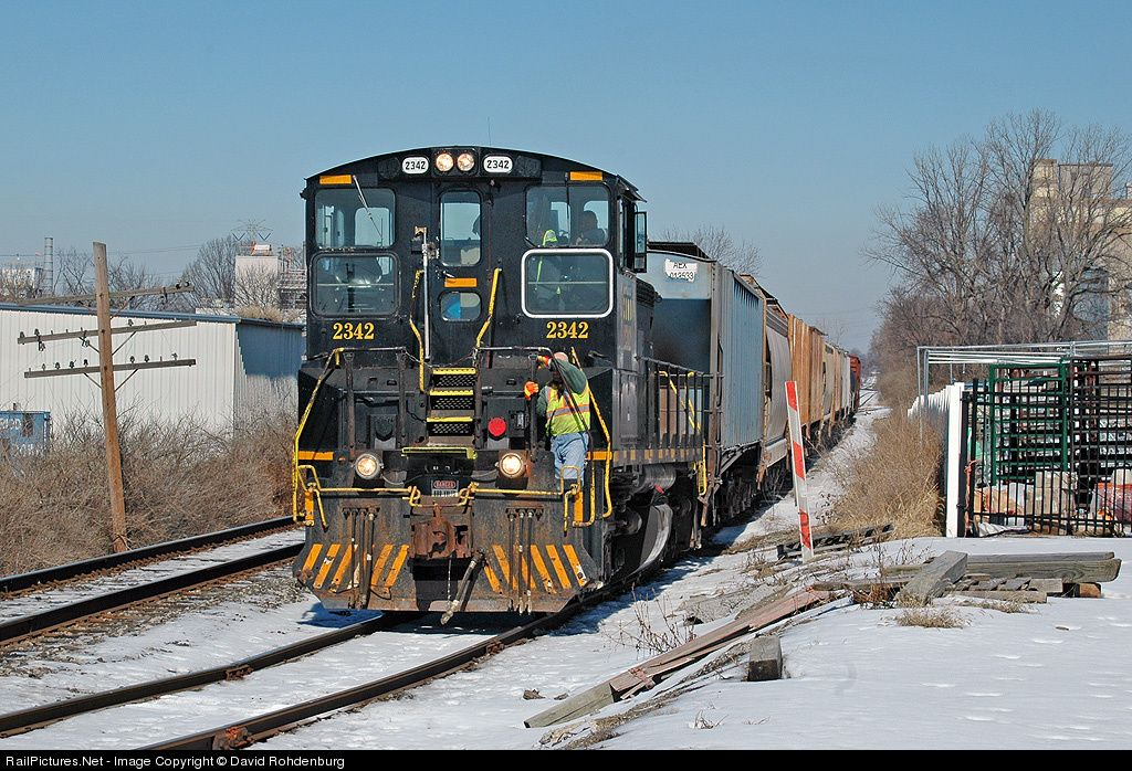 RailPictures.Net Photo: CIND 2342 Central Railroad of Indiana EMD SW1500 at Reading, Ohio by David Rohdenburg