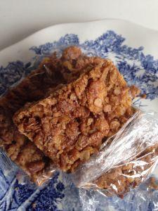 Muslibar, hjemmelavet med 5 minutters arbejdstid. Super nemt! Se min blog for opskrift:-)
