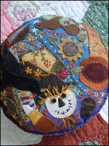 quick wool applique pin cushion.