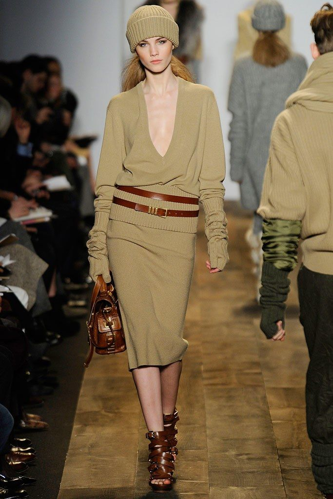 Michael Kors Collection Fall 2010 Ready-to-Wear Fashion Show - Julija Steponaviciute