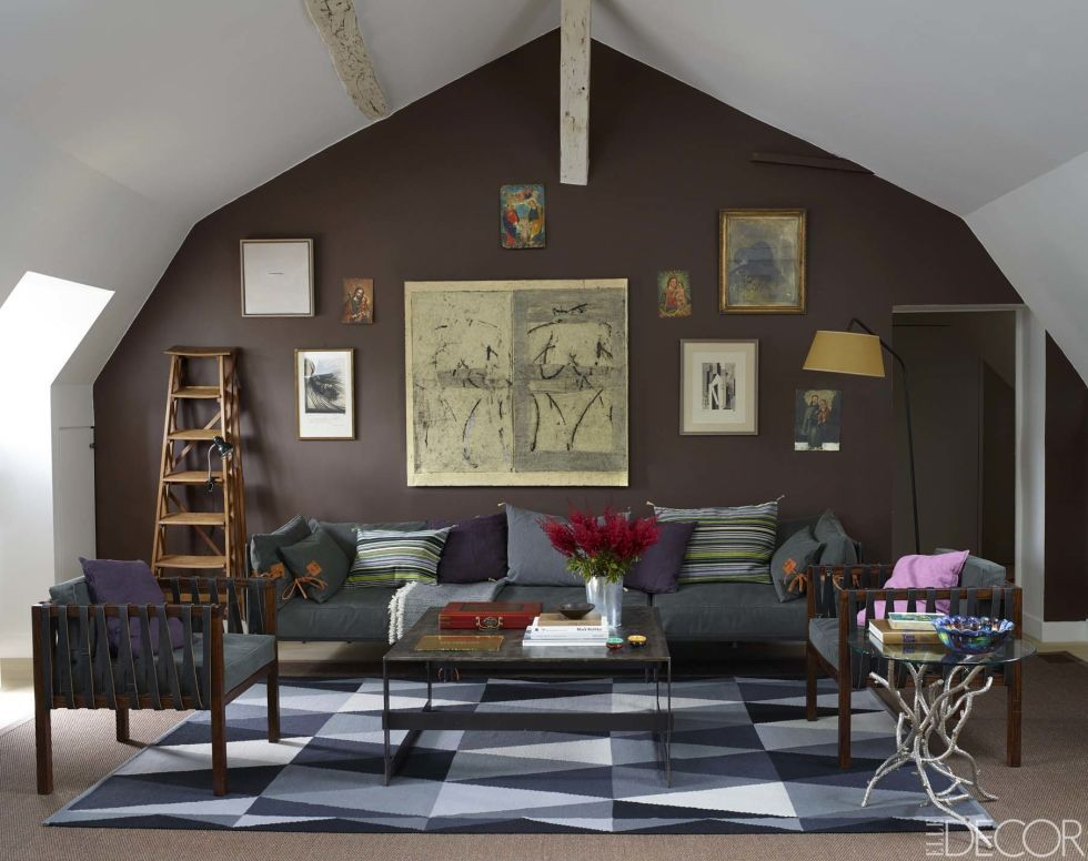 I Like The Color Of Accent Wall Cozy Without Closing In E Is Painted Farrow Ball S London Clay