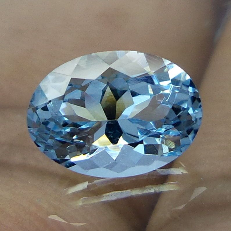 1.5 Carat Natural Faceted HIGH QUALITY Aquamarine Oval Shape Gemstone 8.8X6.4 MM #NAAZGEMS