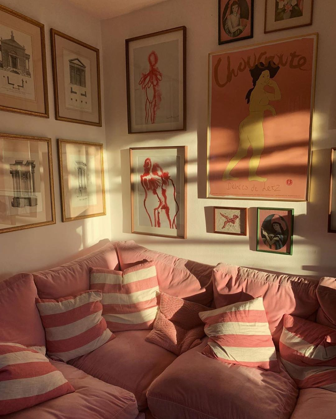 "@mignonettetakespictures's Instagram post: ""More pink! ��"""