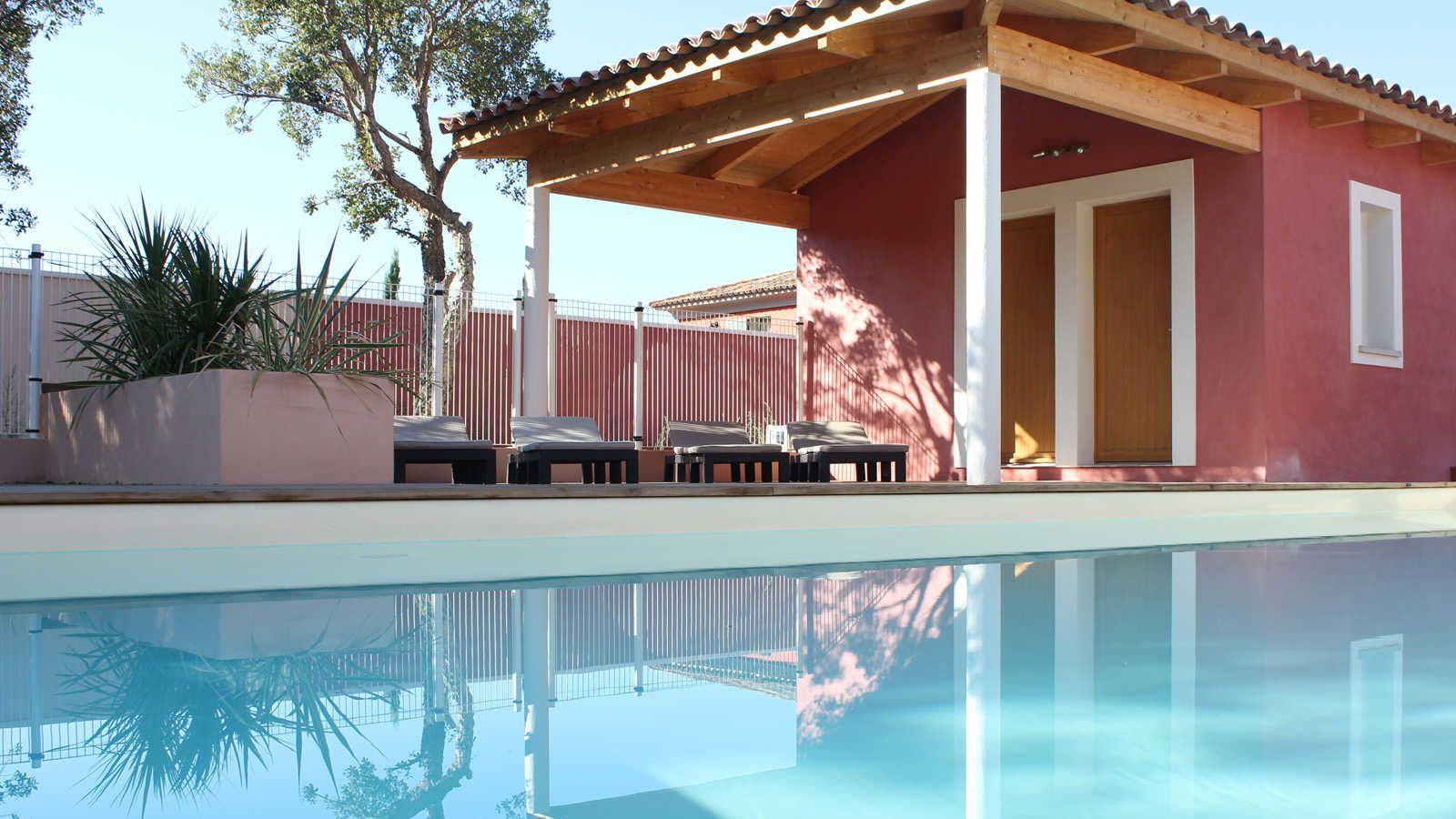 Belle Villa En Location Proche De La Plage De Cala Rossa Piscine