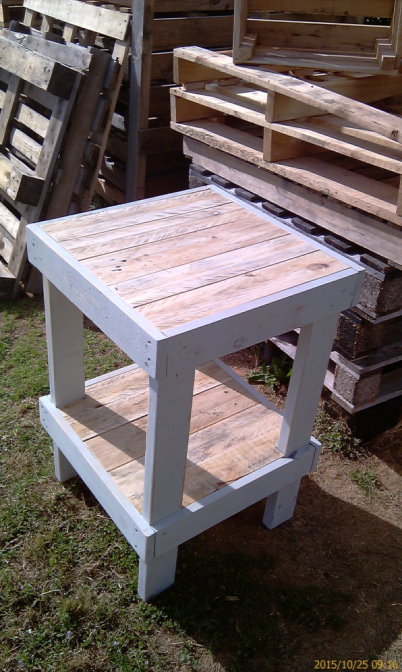 Recycling Pallet Wood - Tall Table 2 In 2019