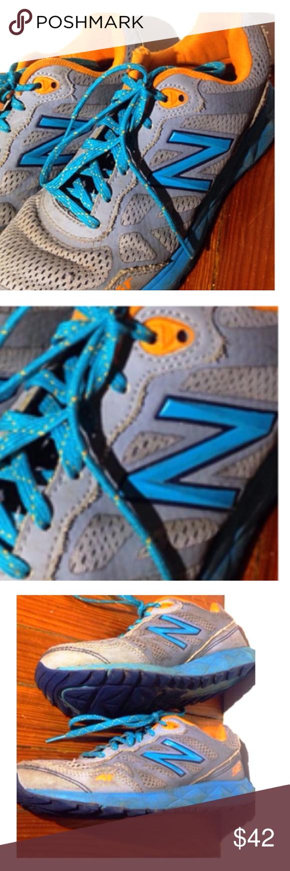 Running sneakers women