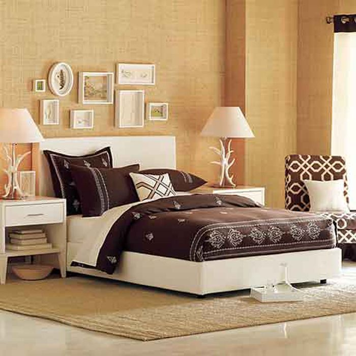 1000 images about BEDROOM on PinterestMadeira Small desks and. Simple bedroom decor