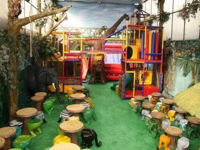 Resultado de imagen para salon fiesta infantil patio for Andalue jardin infantil