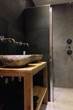 Betonlook badkamer hout wasbak tafel idee n voor het huis pinterest badkamer hout en - Deco badkamer hout ...
