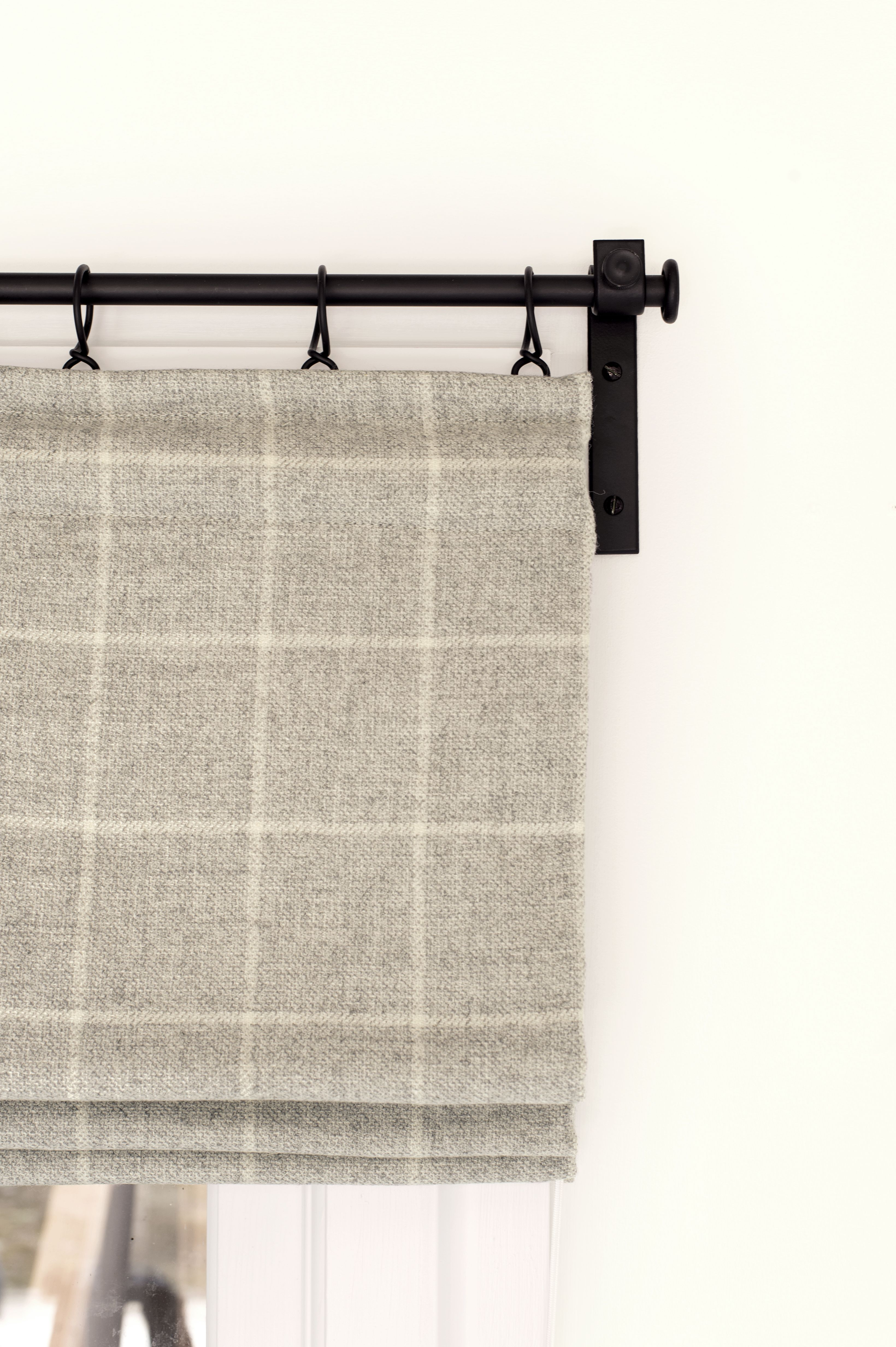 10 Kitchen And Home Decor Items Every 20 Something Needs: Cosy Soft Wool Blinds Work Perfectly With The Clean Lines