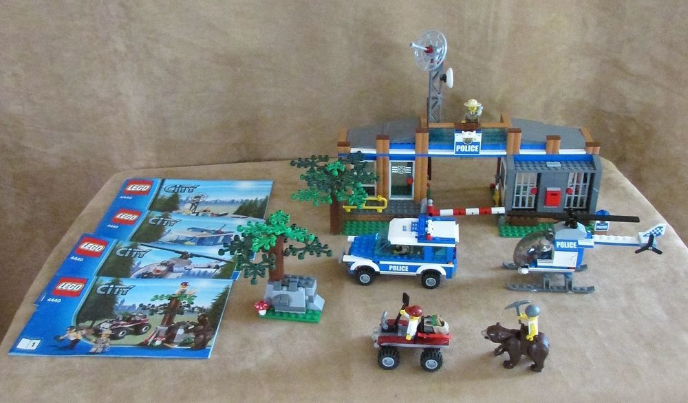 4440 Lego City Forest Police Station Complete Instructions Bear