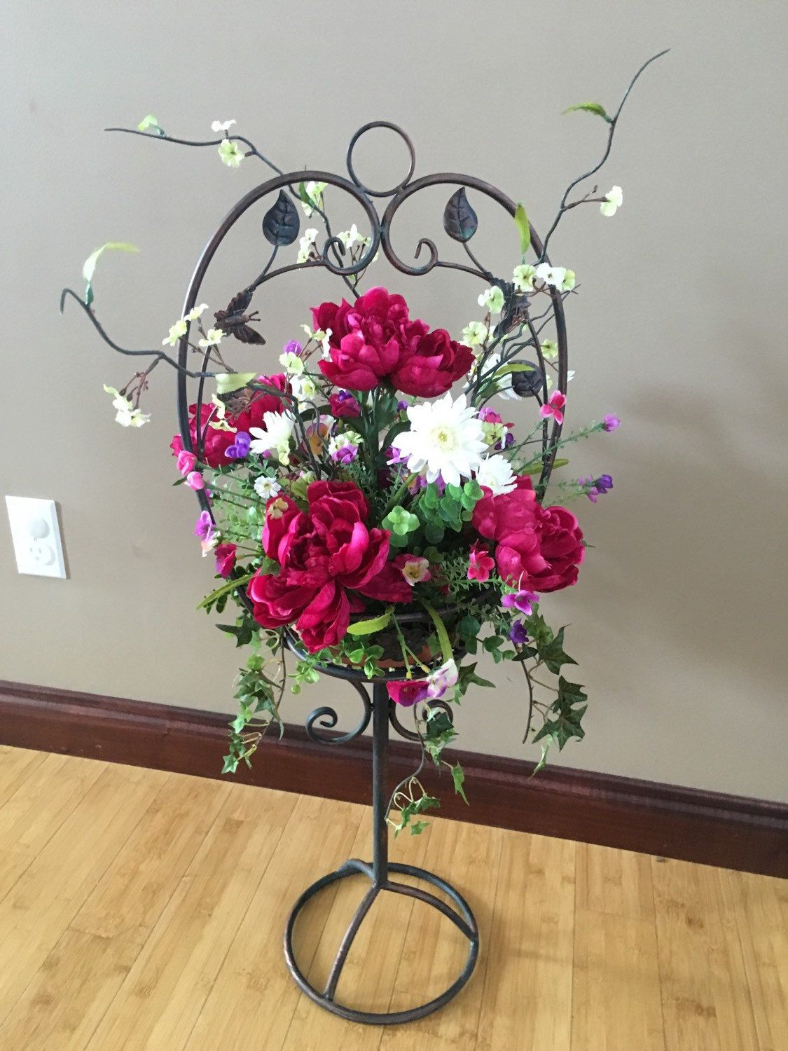 Home decor artificial flowers  Wrought Iron stand with floral arrangement home decor silk floral