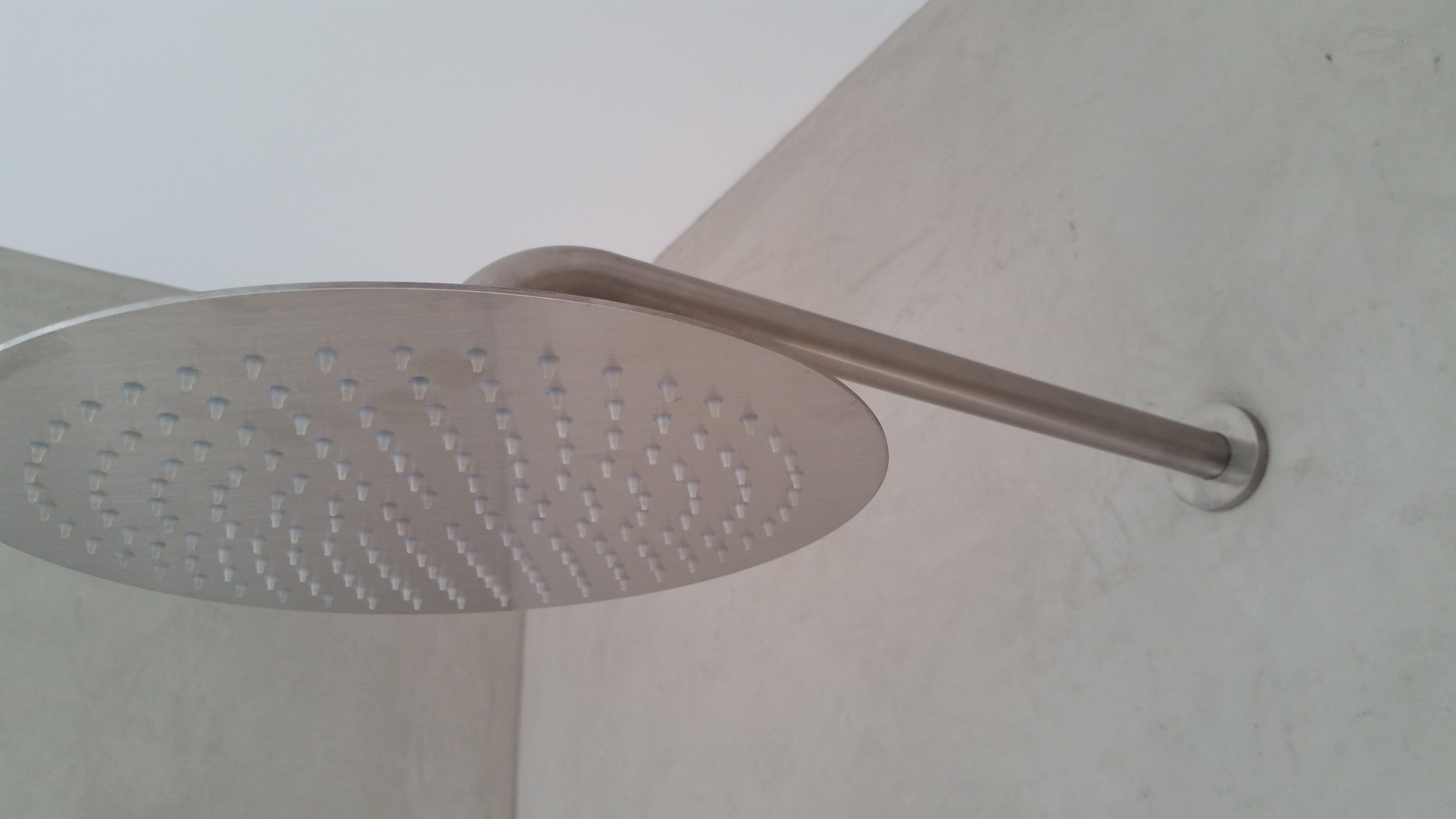 Dusche Ohne Fliesen Ohne Fugen Mit Mineralischen Kalk Edelputz Fugenlos  Gestaltet Von Maler Tommaso Aus Delmenhorst