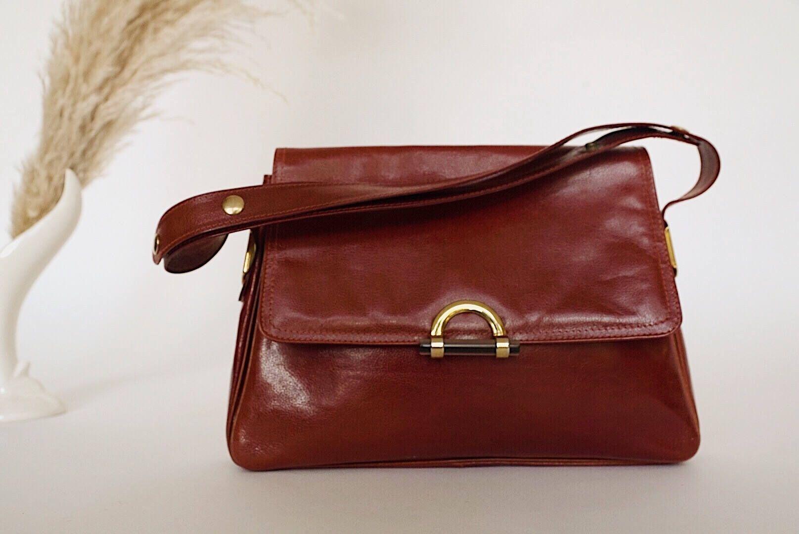 70 s Mantessa bag  Italian leather bag leather bags everyday bag leather  bags be7dd59efa5d1