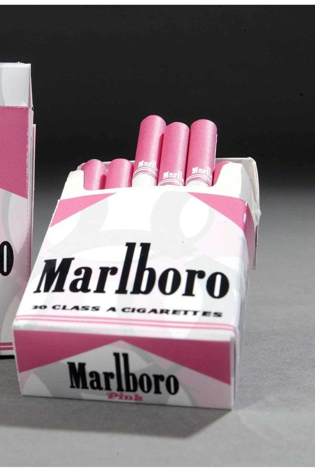 Pink malboro Cigaretts