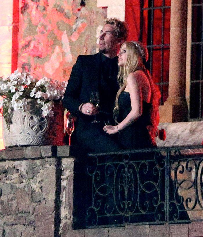 13 Vestidos Avril Lavigne em 2020 Casamentos de