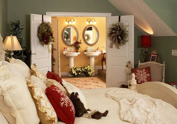 Christmas bedroom decorating ideas and inspiration It is true that