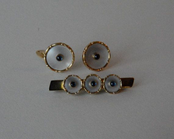 MOTHER of PEARL and Gold Cufflinks and Tie Bar Vintage 1960s