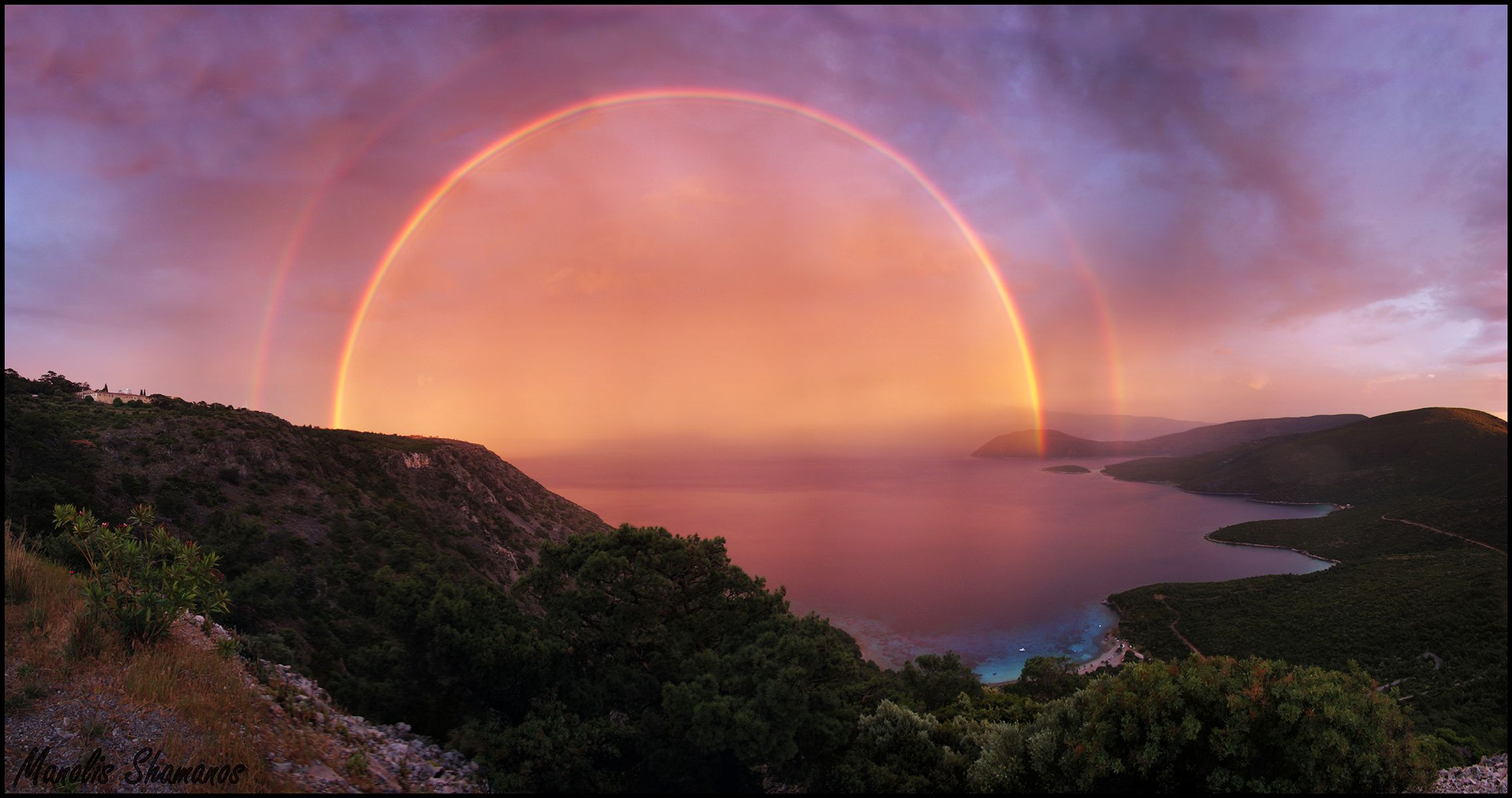 A Double Red Rainbow At Sunset Spectacular Images Rainbow Photo Natural Phenomena