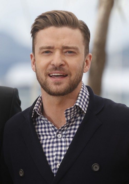 Justin Timberlake Going Bald Got Hair Plugs To Cover Receding Hairline Hair Plugs Beard Styles For Men Haircuts For Men