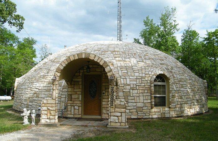 Купольный дом, облицованный камнем.   Купольные дома ...