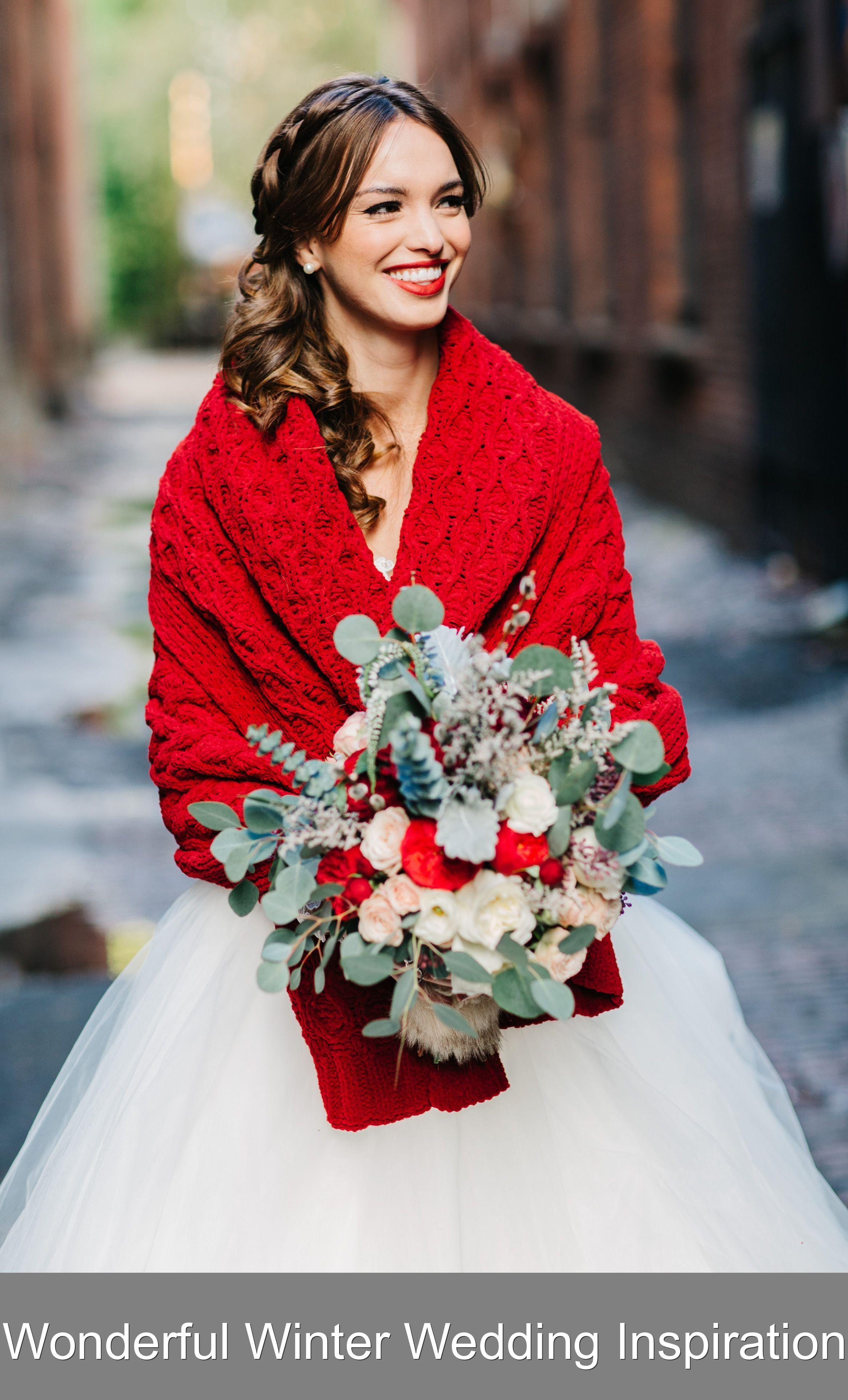 Wonderful Winter Wedding Inspiration This Gorgeous Shoot Is All About The Beautiful Joys Of The Winter Season Prepare Your 2020 Gelinler Kis Dugunleri Elbise Dugun