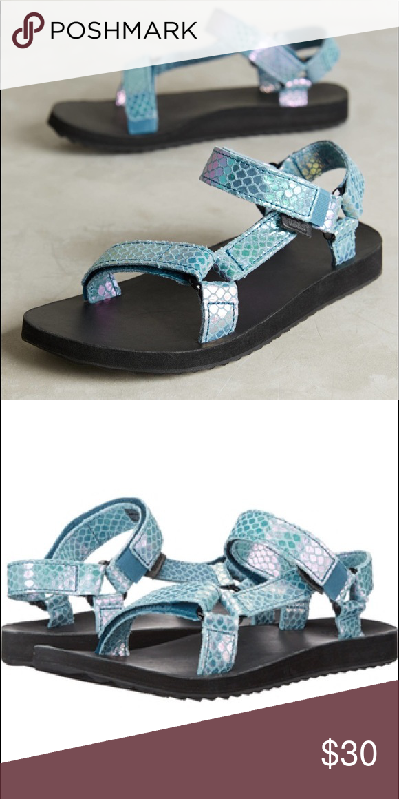 14863feda195 Iridescent Blue Tevas Women s black Original Universal Iridescent Tevas in  Deep Teal. These are a size 7 and I have only worn them once! Teva Shoes  Sandals