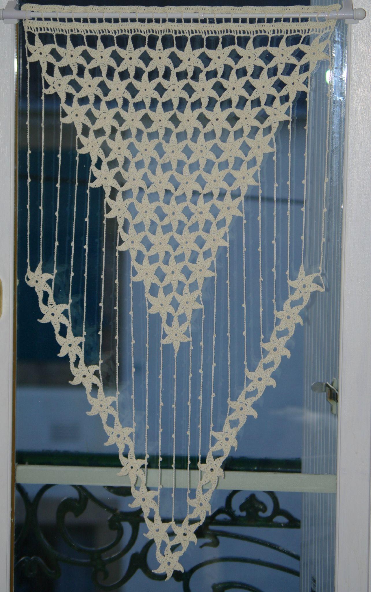 Pin von Nuriye Taskiran auf Papatya   Crochet Curtains, Crochet und ...