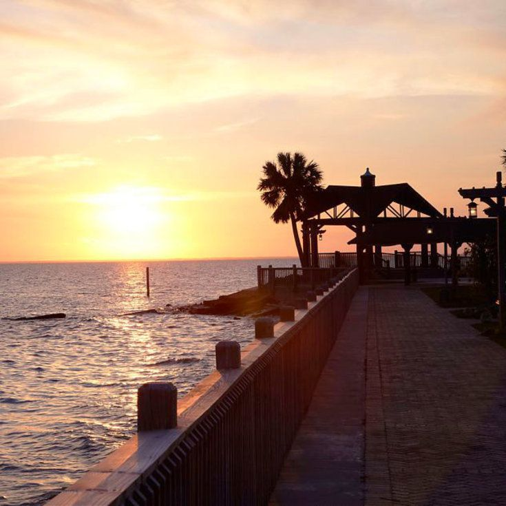 The 11 Best Historic Beach Resorts In America Beach Resorts Usa Usa Beaches Resorts Usa