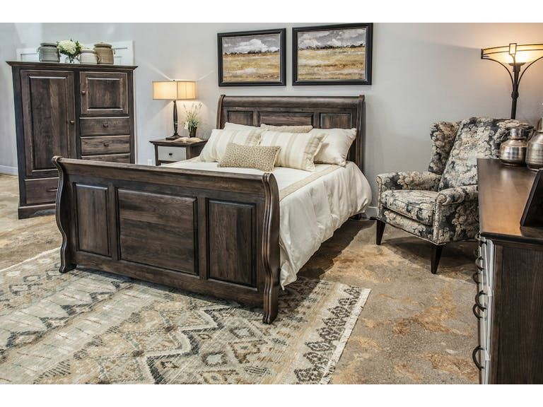 Woodley Brothers Mfg Master Bedroom Providence Sleigh Bed Master Bedroom Master Bedroom Set Sleigh Beds