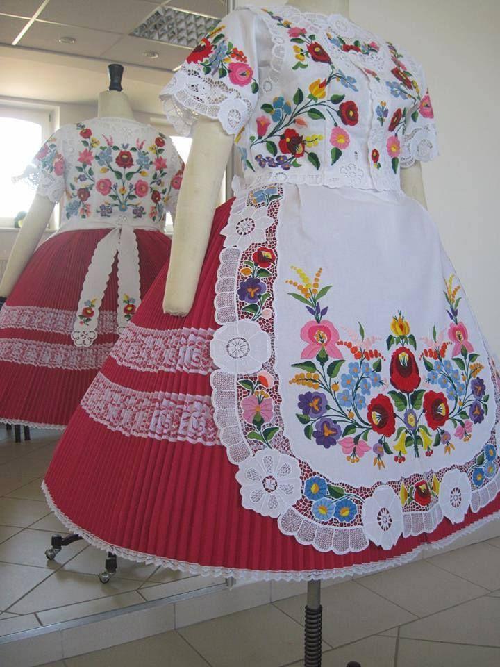 Fabulous Kalocsa embroidery