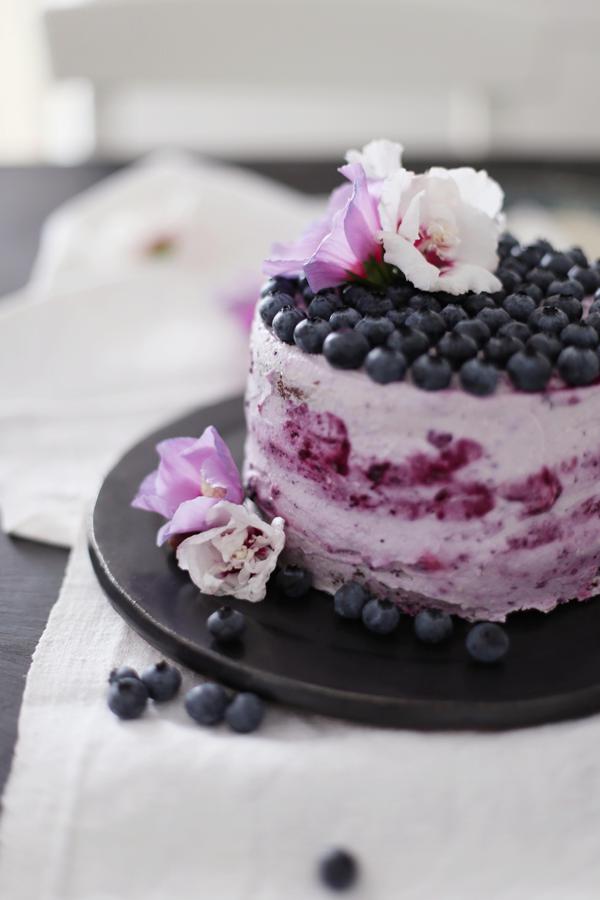 Nuss Heidelbeer Torte • DIY Papier Hibiskusblüten• gestreifter