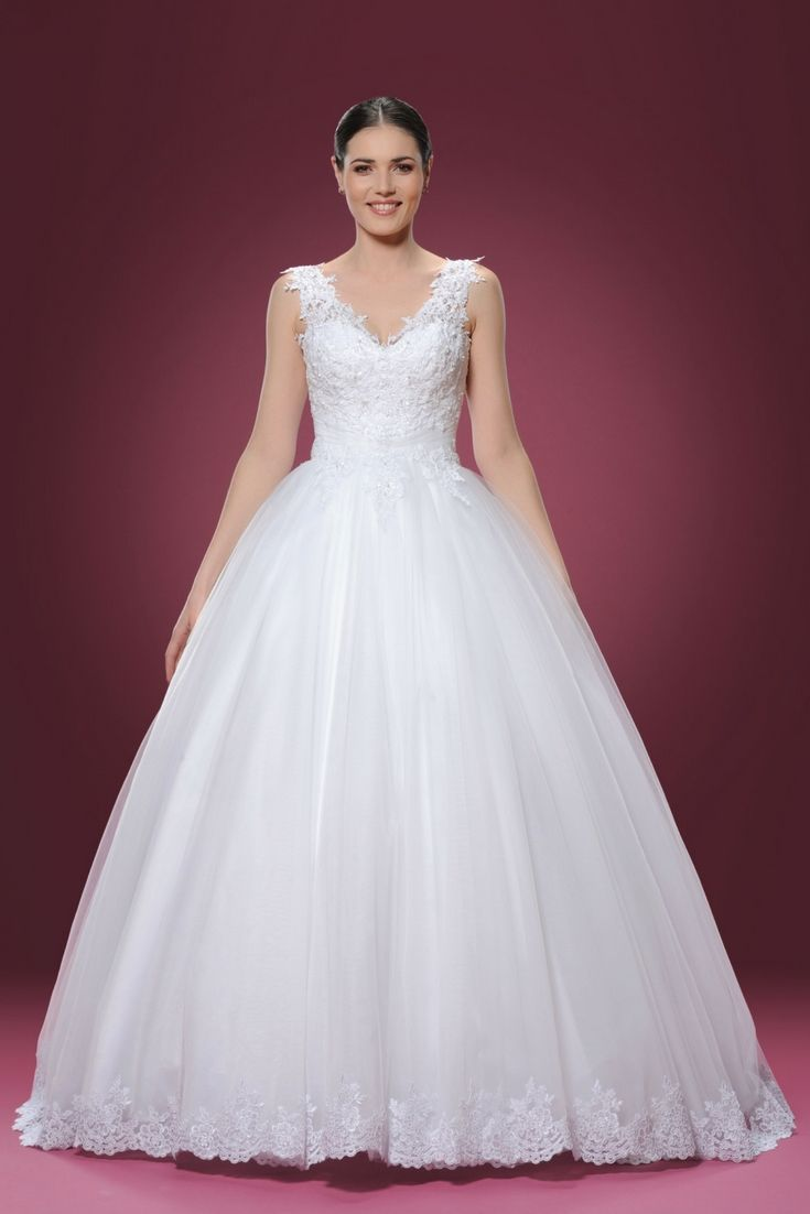 The top wedding dresses collections searching for the modern bridal