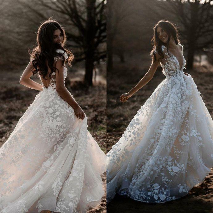 2019 Boho Wedding Dresses Backless Sweep Train Lace Applique Tulle Beach Bridal Gowns Cap Sleeves Deep V Neck robe de mariée #bertaweddingdress