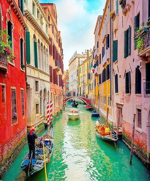 Reposting @worth_travel: Mystery location of the day!❣ Do you think you can guess it? #wheretonext #traveladdict #travel #italy #river