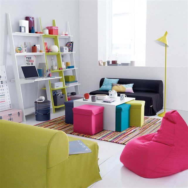 table basse carr e everett super pratique dans les petits. Black Bedroom Furniture Sets. Home Design Ideas
