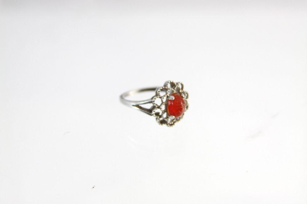 Vintage Sterling Silver Ornate Open Design Women's Ring Oval Red Set Size 7