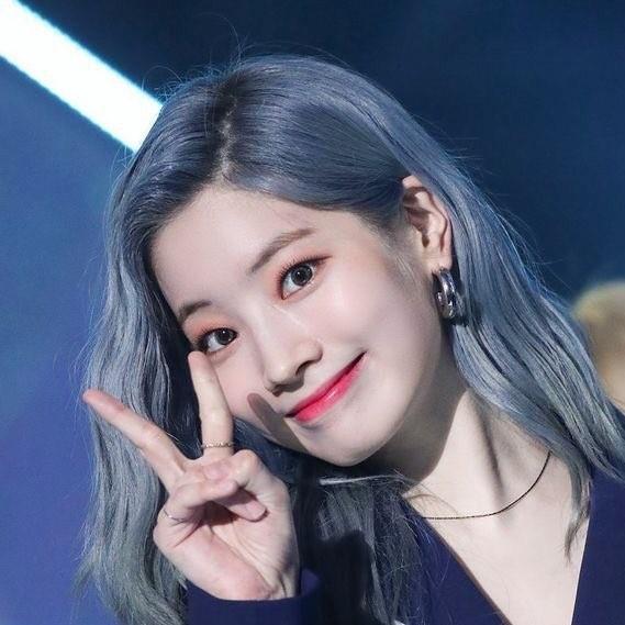 Best Kpop Female Idol Mega Bracket Bracketfight Template Best Kpop Idol Kpop