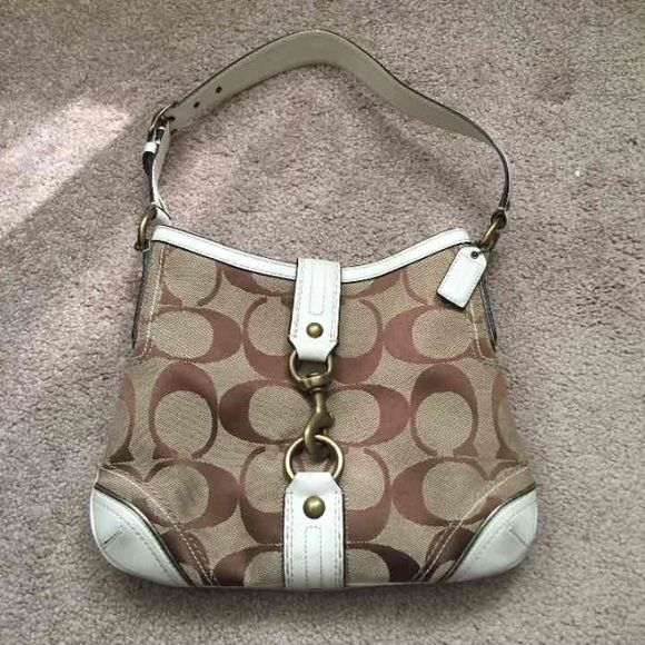 "Coach Khaki Handbag Like new super cute Coach handbag! Strap drop is 10"" bag measures 10.5"" X 9""! Was only used a few times! Super cute closure!! Check out my closet too! Coach Bags Shoulder Bags"