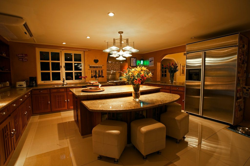 Kitchen - Amazing Island!