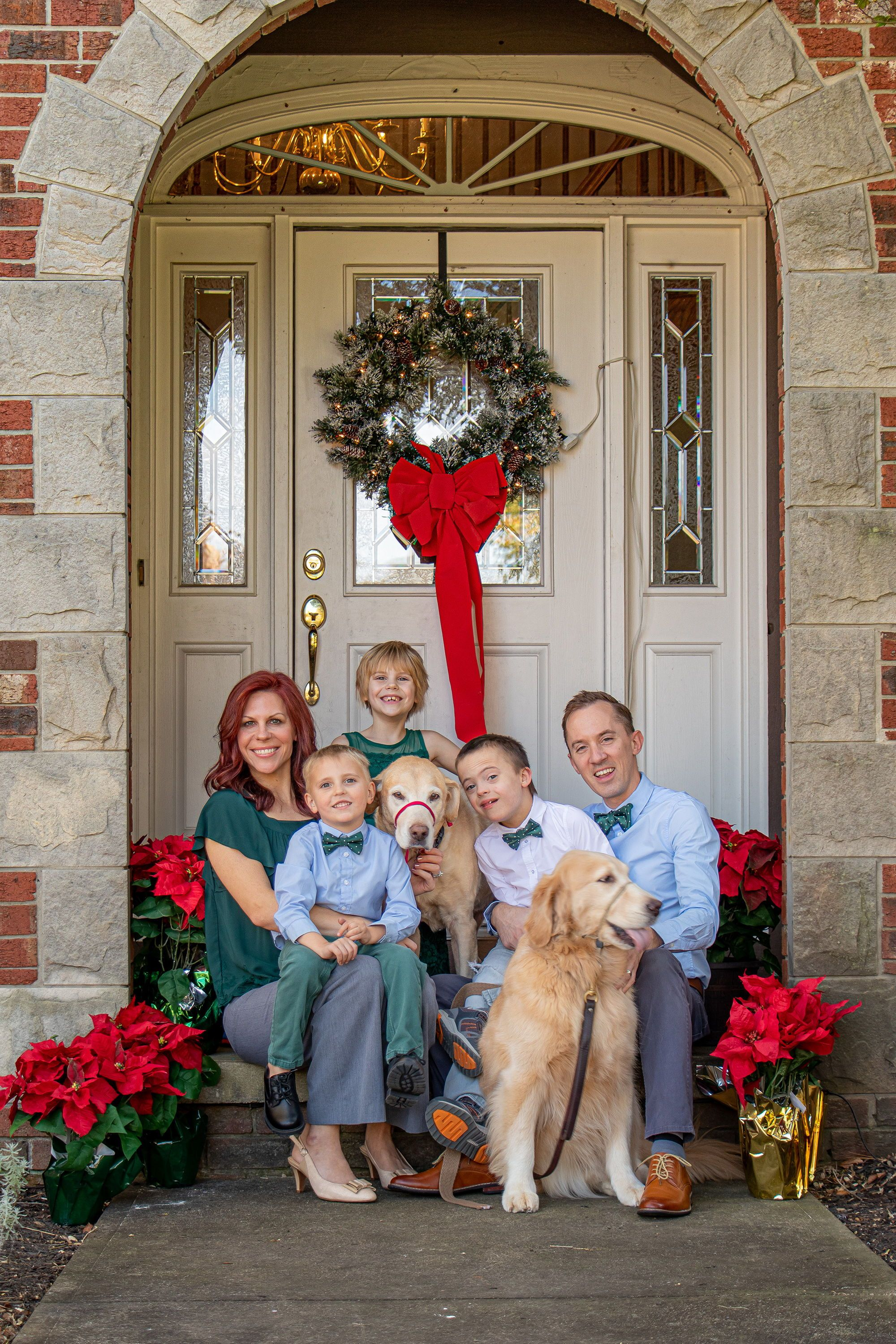 Christmas Card Photo Style Guide - Five Ties for Your Family Photo Christmas Picture Trends: Style ideas for family photos and Christmas cards. If you're looking for some adorable family photos for your custom Christmas card photos this year, you will need some creative and festive style ideas to get you going. This family found the perfect holiday outfit with forest green and white polka dot bow ties including matching father/son tie sizes.