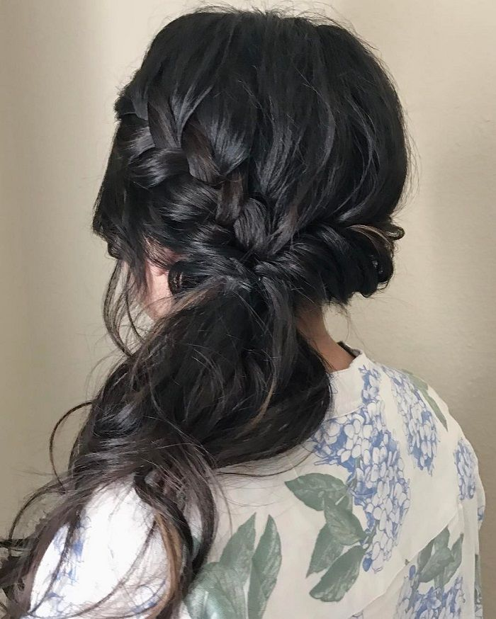 Side swept wedding hairstyle - Romantic wedding hairstyles for long hair