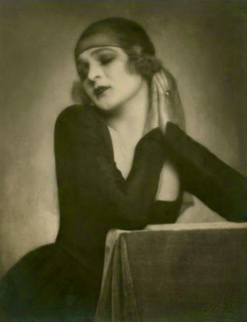Anita Berber photographed in 1920 by Madame dOra   Greek