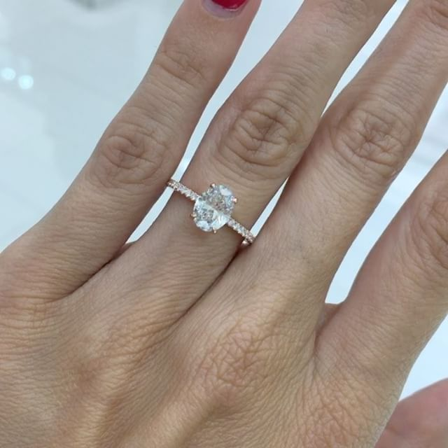 We Just Finished This 1 13ct Oval Diamond Engagementring This Dainty Rosegold 1 Carat Engagement Rings Aquamarine Engagement Ring Vintage Engagement Rings