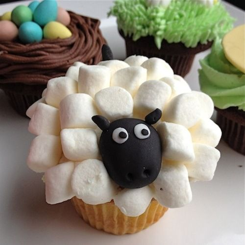 First Marshmallow Sheep Cupcake I've Seen That Actually