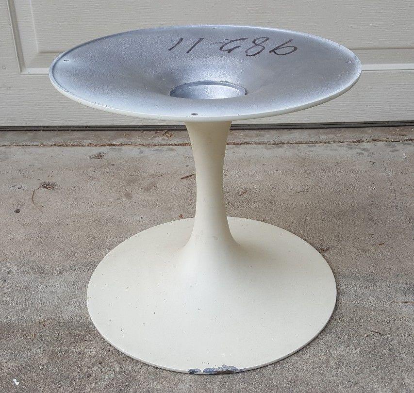 Vintage Mid Century Modern Aluminum Tulip Dining Table Base Saarinen Knoll  Era